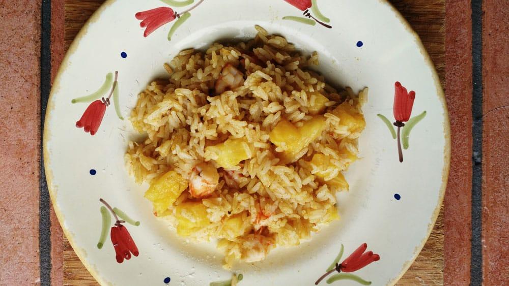 """Ricetta """"thailandese"""" riso ananas e gamberi. (ed è subito voglia di tornare in Thailandia)"""