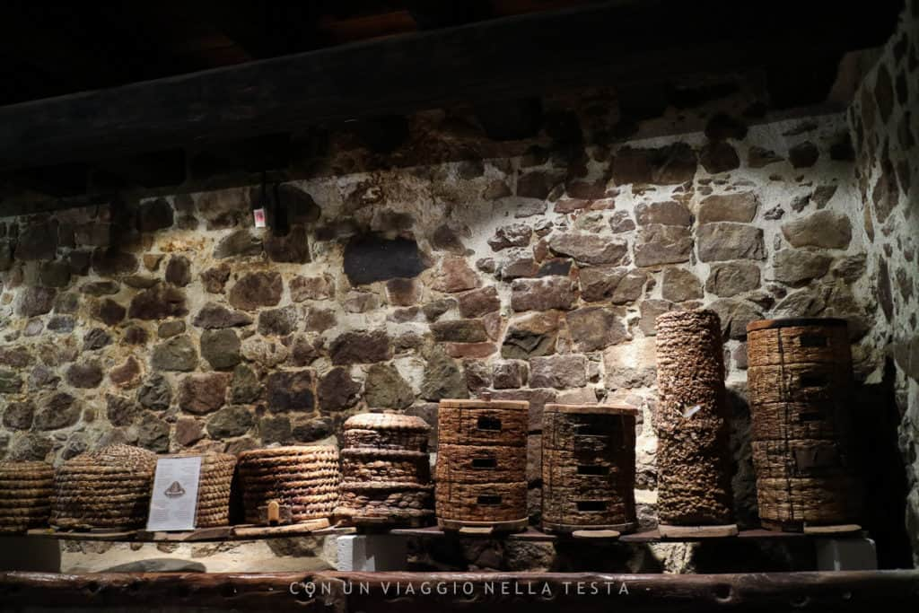 I cesti di paglia utilizzati prima dell'invenzione delle arnie