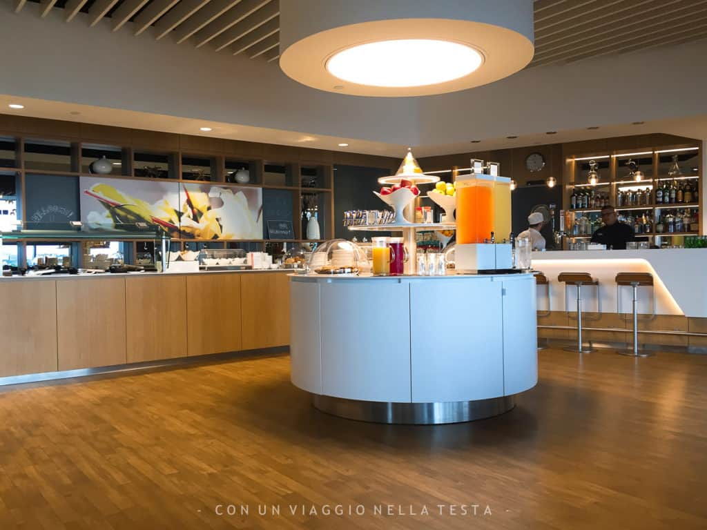 viaggiare in business class, lounge lufthansa