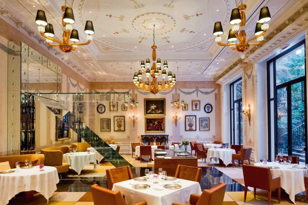 La sala ristorante di Palazzo Parigi Hotel & Grand Spa