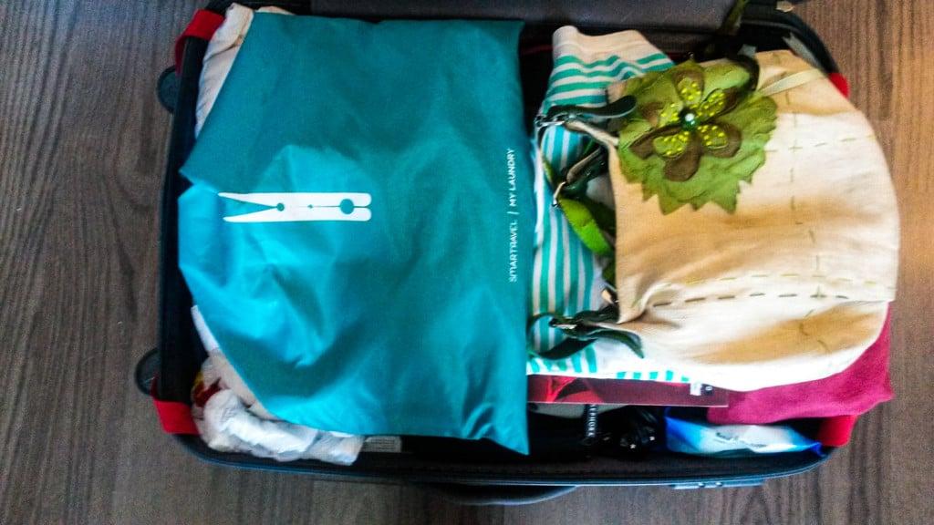 La mia busta salva spazio per i panni in valigia