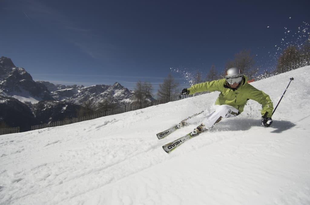 sciare sulla neve in alta pusteria