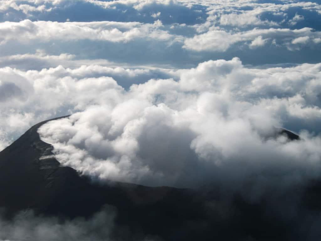 Vista sull'Etna, il vulcano sempre attivo