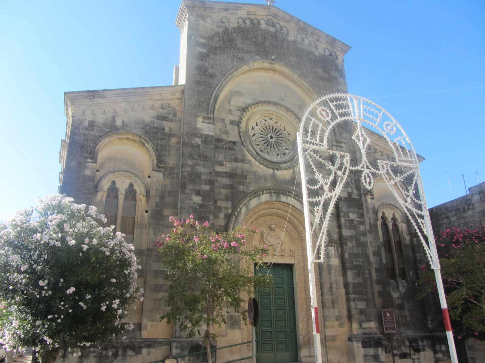 La facciata della chiesa della Madonna Addolorata a Corigliano d'Otranto