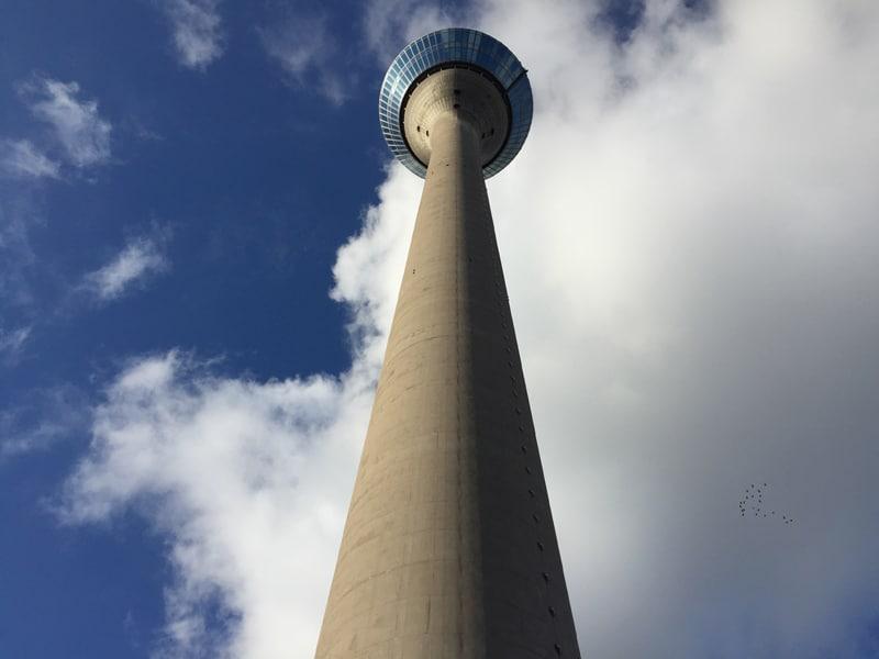 dusseldorf torre del reno