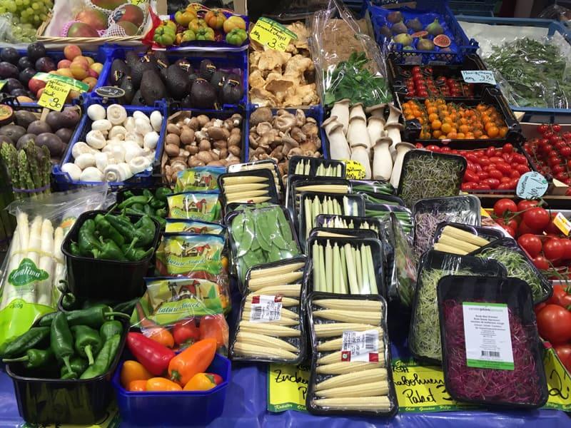dusseldorf mercato verdura