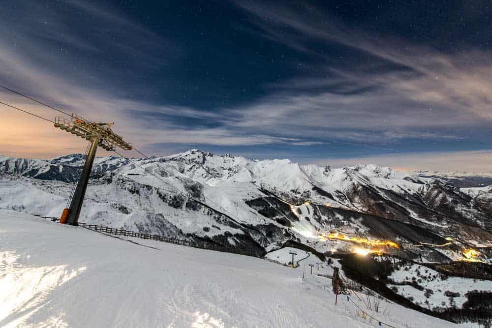 sciare provincia cuneo notturna