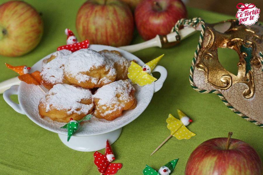 Dolci tipici di carnevale, le frittelle di mele