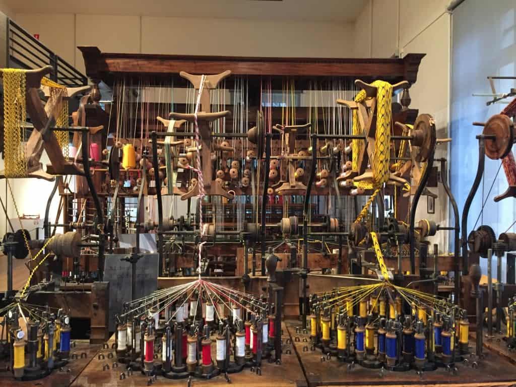 rodano alpi cosa vedere: macchinari al Museo di Saint Etienne