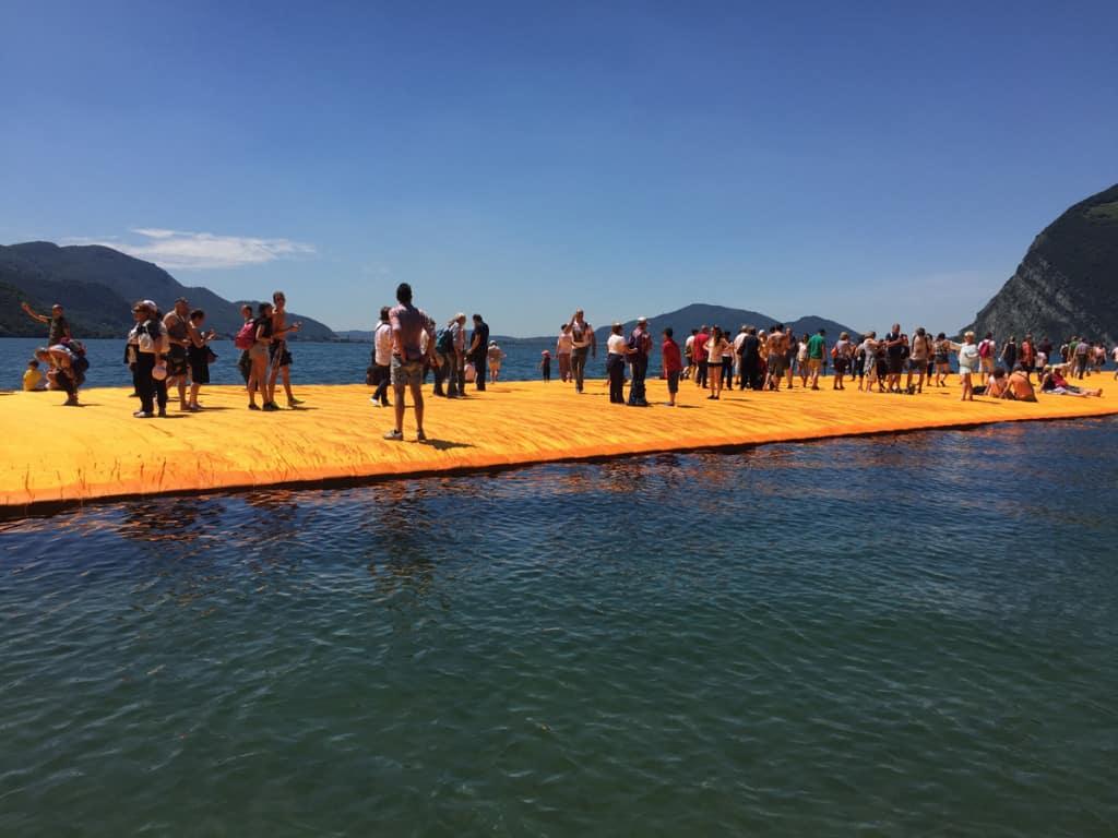Floating Piers: come arrivare e come resistere al caldo e alle code!