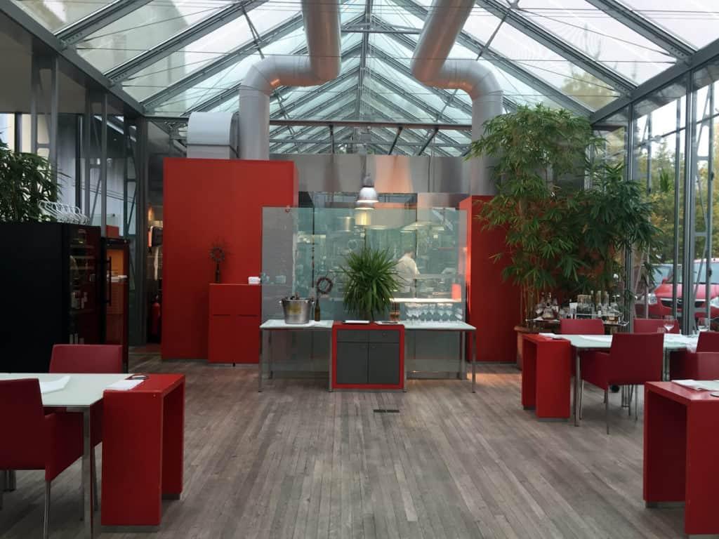 Dove mangiare a berna SVizzera: l'ambiente moderno e luminoso dello Schöngrün Restaurant
