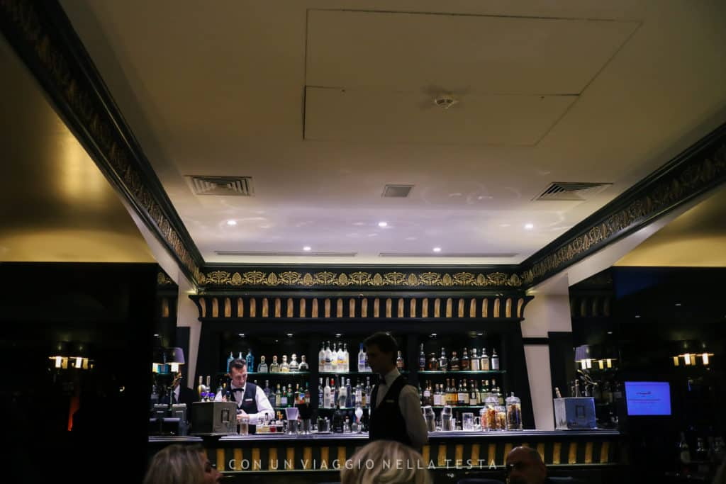Il bar del Fouquet's Cannes all' Hotel Barriere Le Majestic