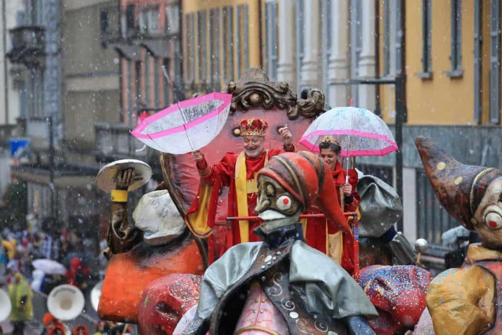 Il grande corteo mascherato di Bellinzona