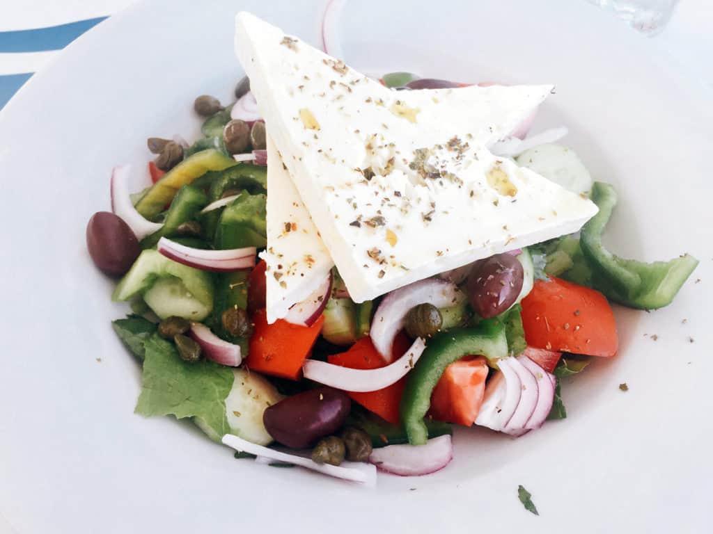 regole viaggio insalata greca