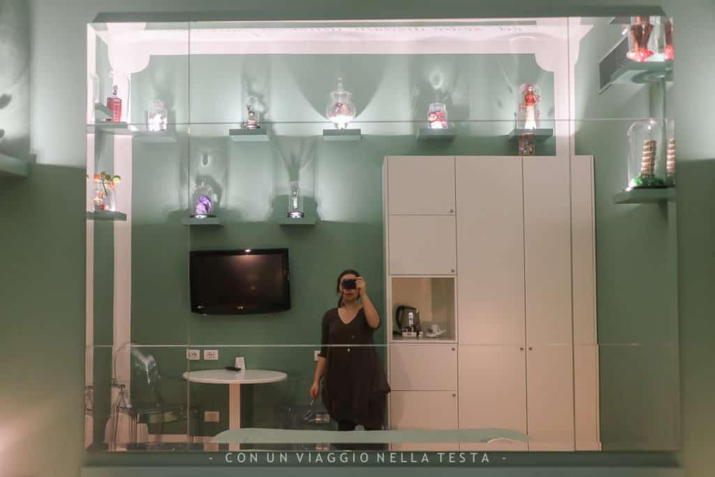 La mia stanza, la stanza del viaggiatore, progettata come una wunderkammer!