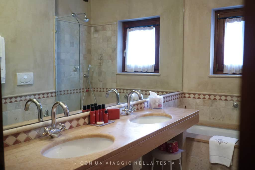 mont blanc hotel village- bagno