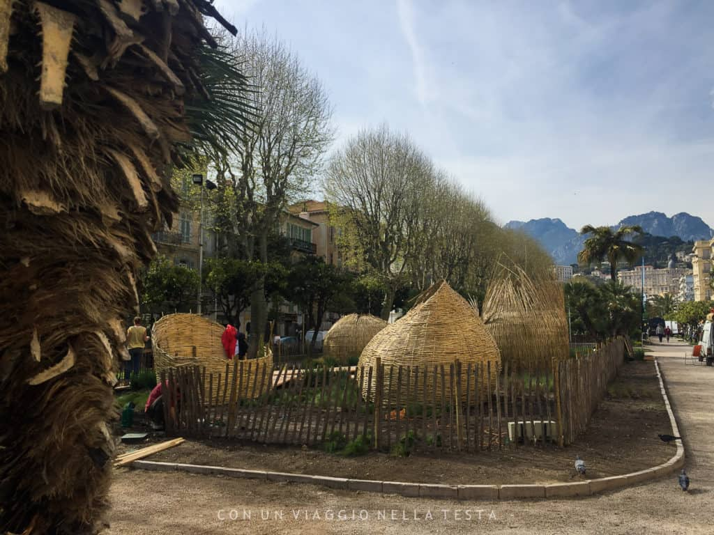 Uno dei due progetti dei giardini effimeri di Mentone per il Festival dei Giardini, un percorso immersivo nel risveglio dei sensi