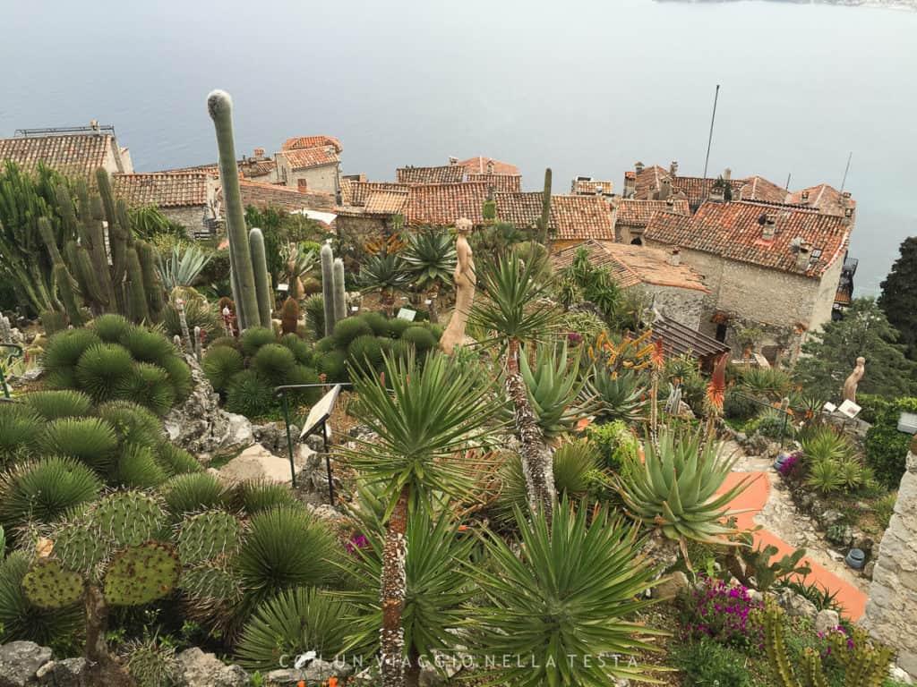 Il giardino esotico di Eze visto dall'alto del promontorio