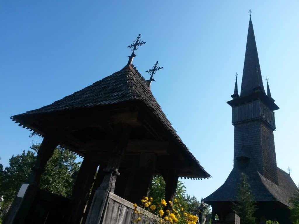chiesa di legno maramures Sisesti – Villaggio Plopis: chiesa degli Arcangeli