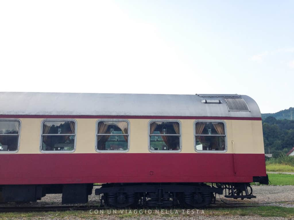 mocanita treno a vapore romania esterno