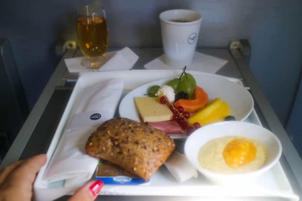Pranzo a bordo in business class