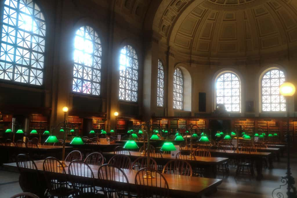 Boston Public Library, la Bates Hall