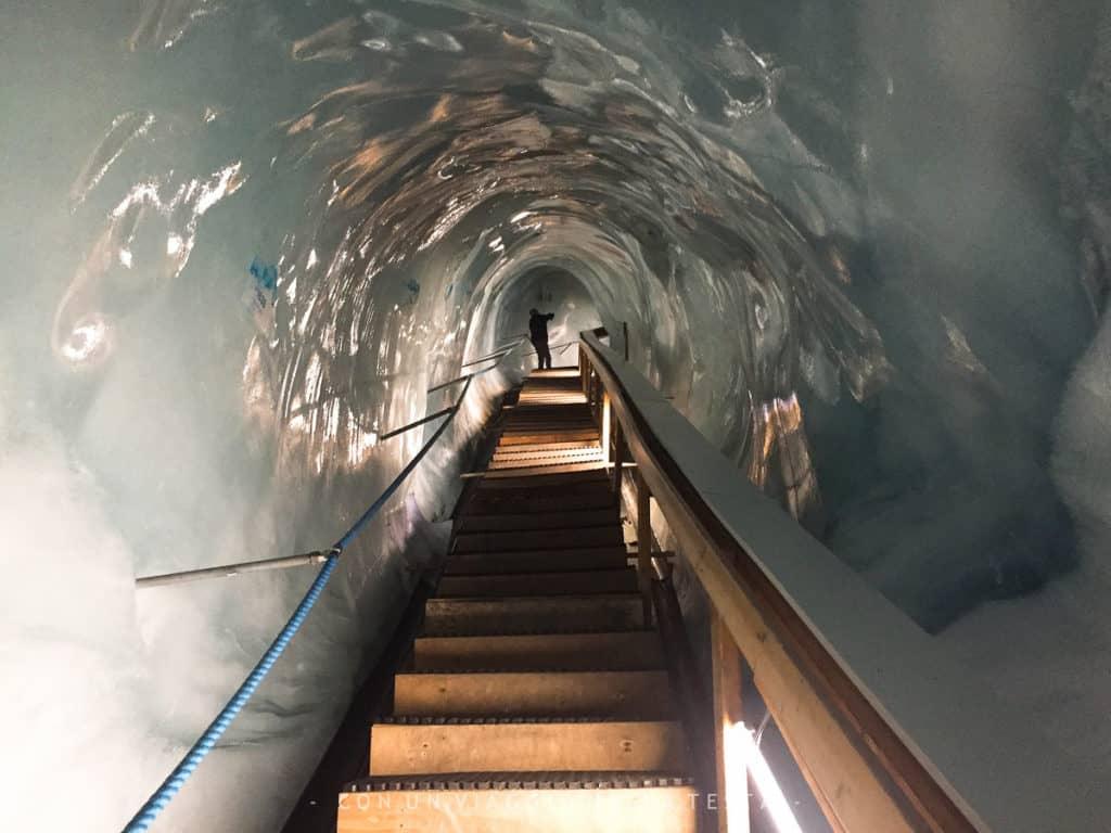 Eispavillon Saas Fee, il tunnel di 70 metri per uscire dal padiglione