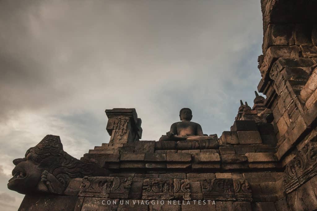 borobudur tempio buddista