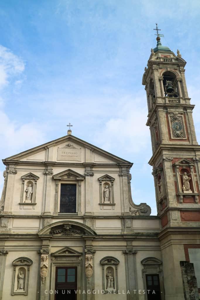 Vista su piazza Santo Stefano a Milano, di fronte a Jarit