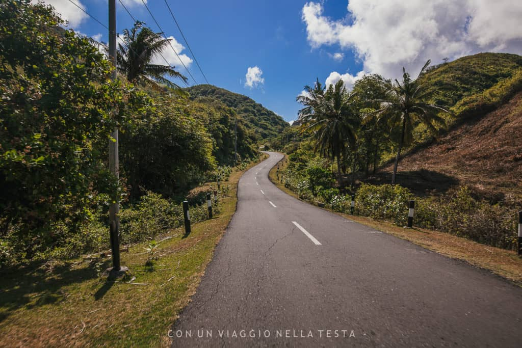 lombok cosa vedere strada motorino