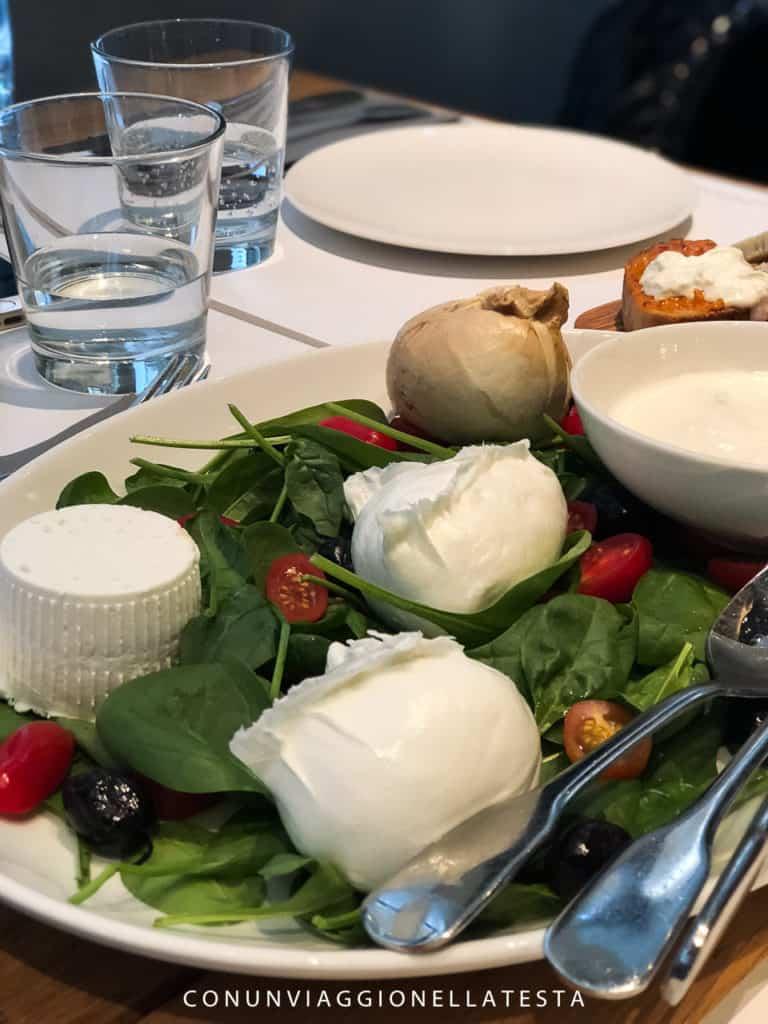 Obicà Milano, degustazione di mozzarelle e ricotta