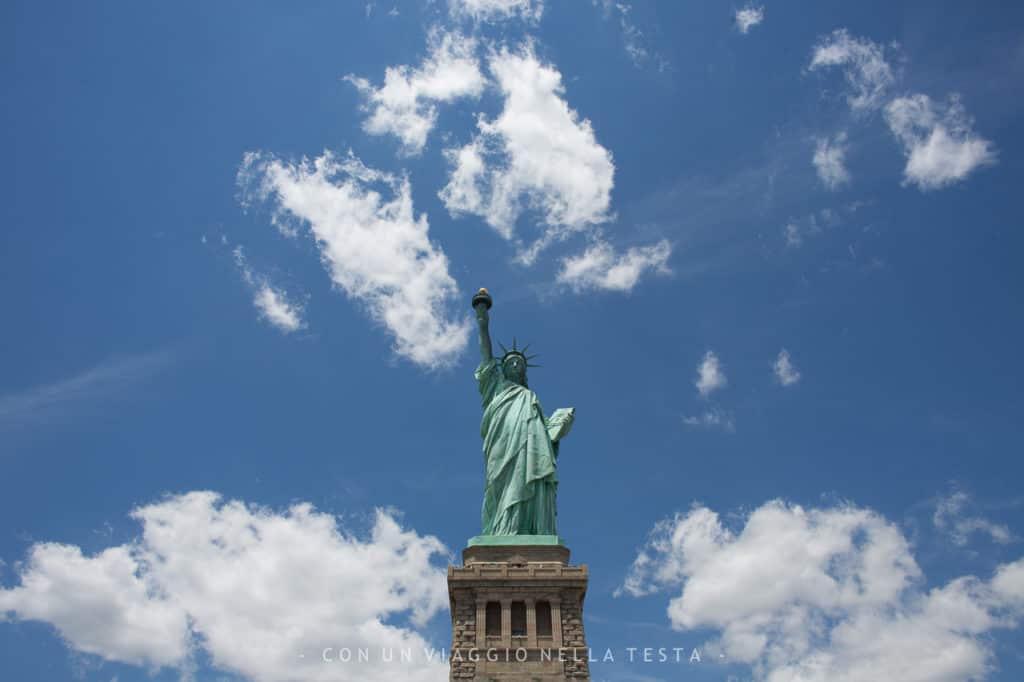 cose da fare in estate a new york statua della libertà