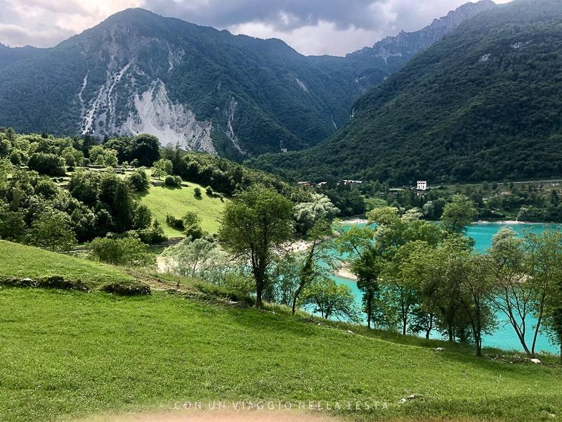 trekking sul lago di tenno