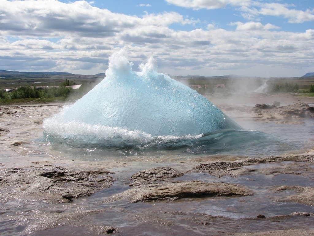 cosa vedere e cosa fare in islanda geyser