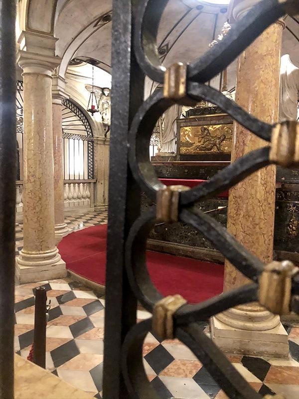 cripta reliquia da vedere a mantova