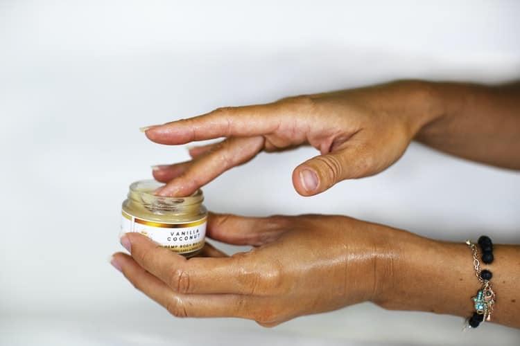 idratazione pelle in viaggio crema
