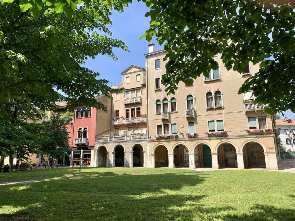 quartiere sant'elena hotel indigo venice